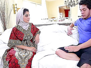 Nadia Ali in hijab giving dick titjob then ravished missionary